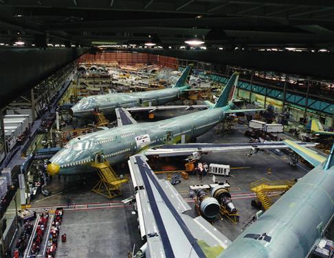 波音飞机厂是世界最大的飞机制造厂,位于西雅图近郊   everett,在